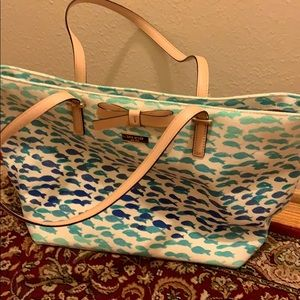 Kate Spade bag. Never been used!